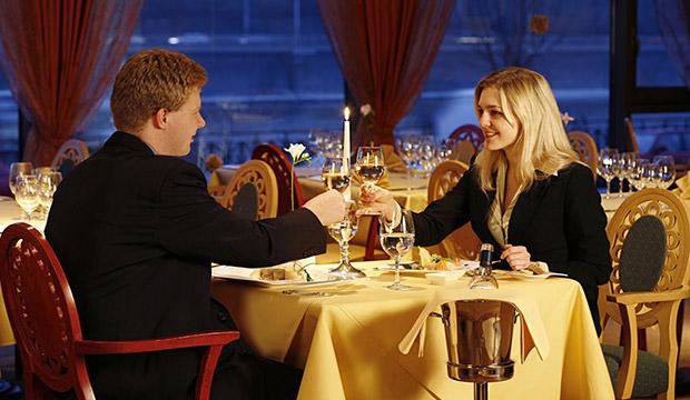 Kế toán nhà hàng khách sạn cần phải làm gì